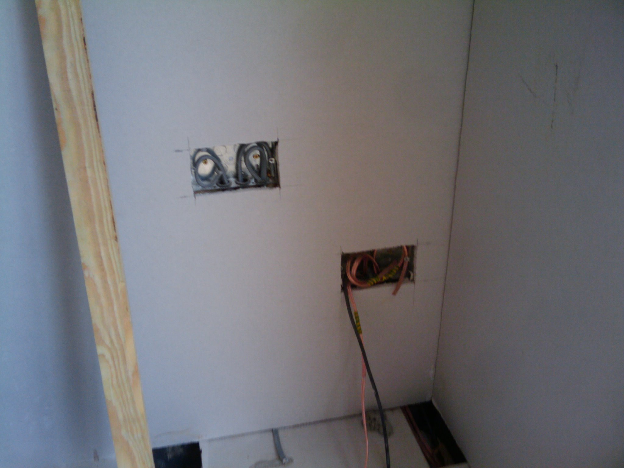 Day 25 Plasterboard Dot And Dab On Walls Tap Connected on house socket wiring