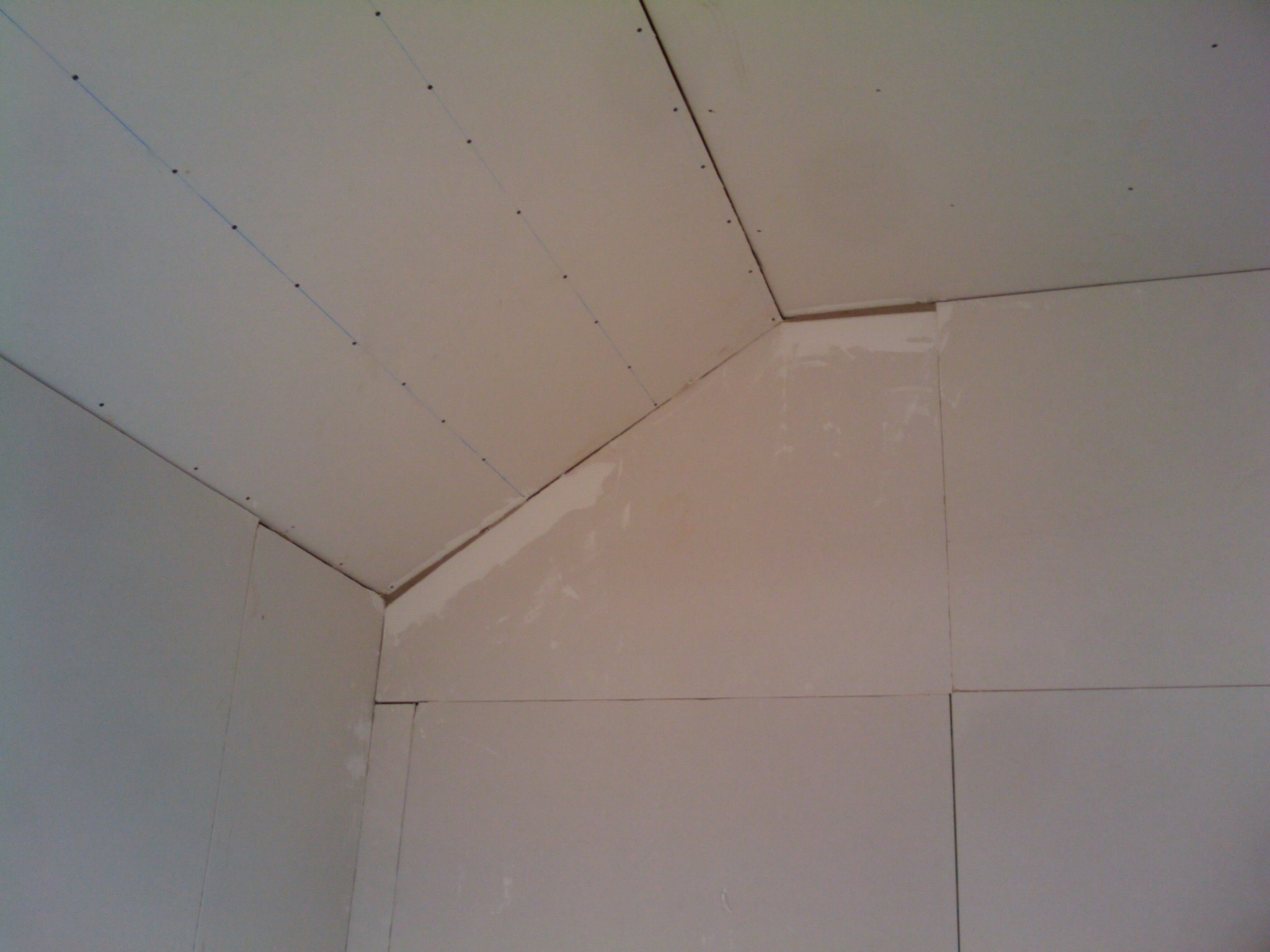 Day 26 Roof Flashing Finished And Room Plaster Boarded