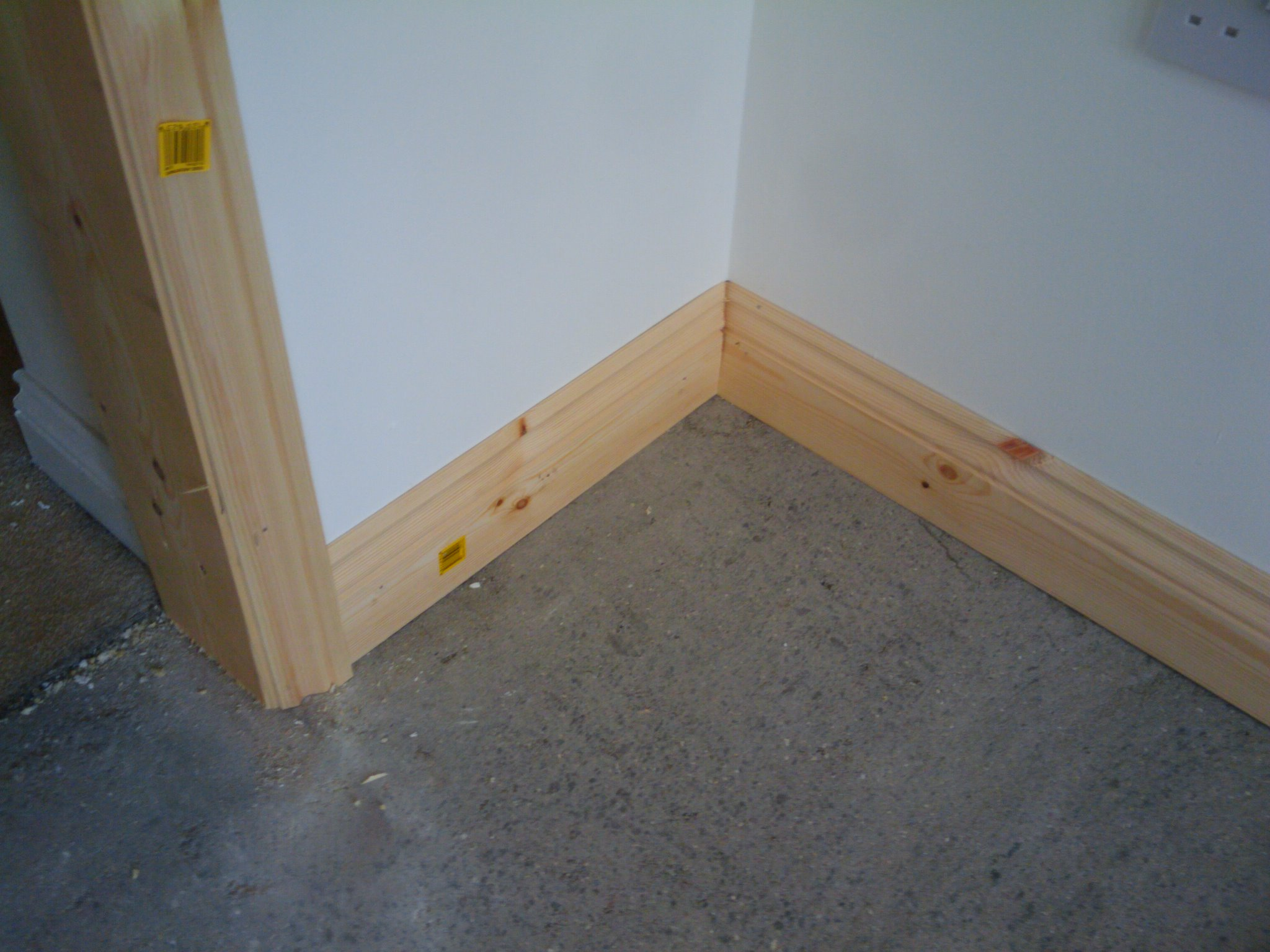 Day 34 Skirting Boards And We Move In My Extension