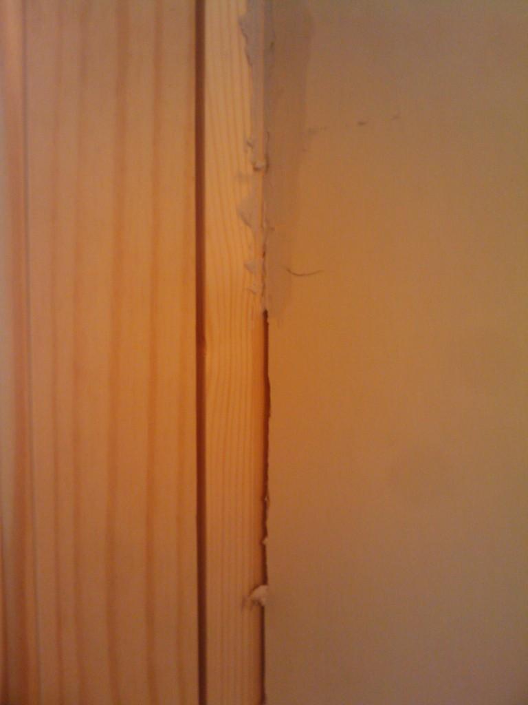 Filling the gaps in the door frames - needs sanding!