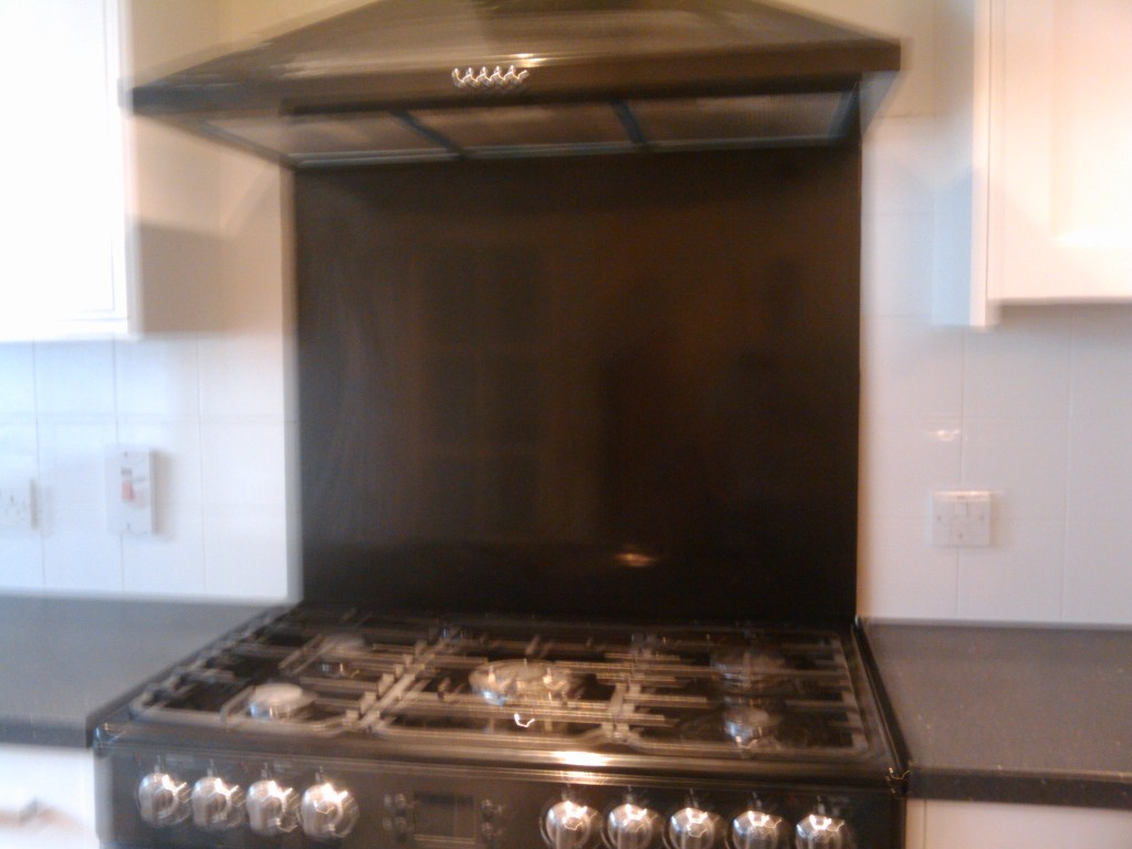 Leisure range cooker and splashback