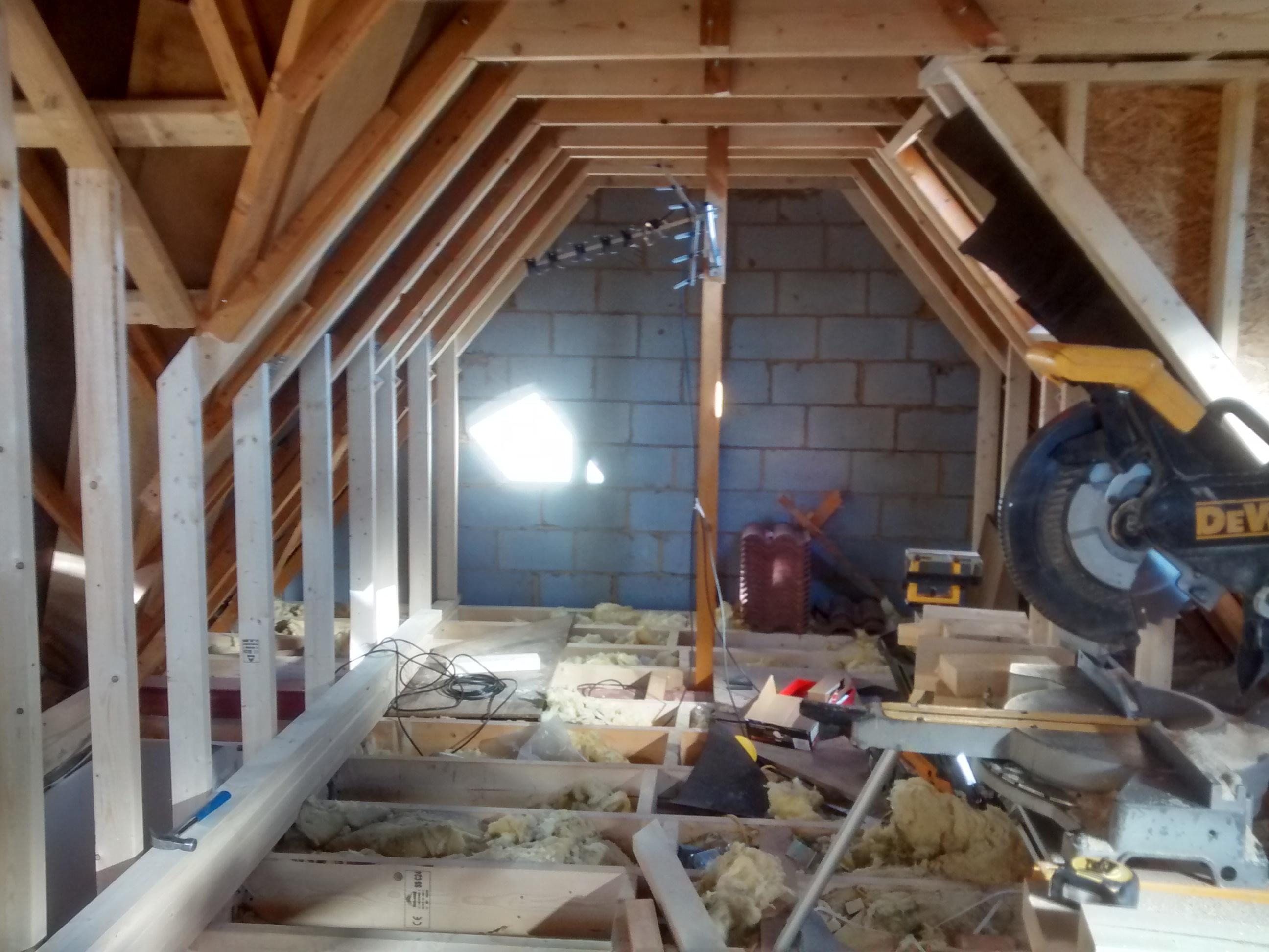 loft dwarf wall